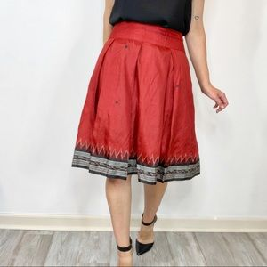 ROBERTA FREYMANN 100% silk skirt pleats red